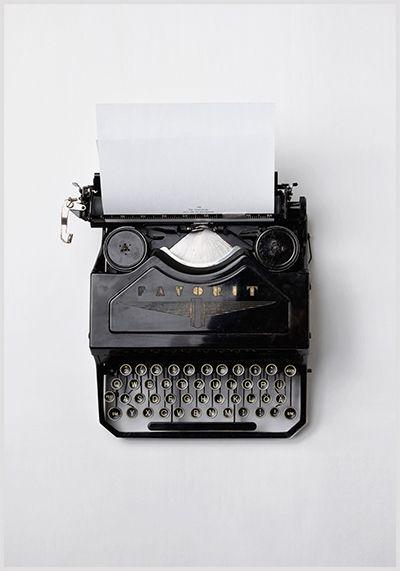 szövegírás írógép