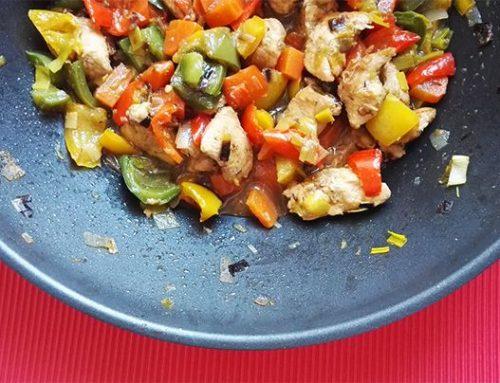 Színes csirkeragu bulgurral – 30 perc alatt!